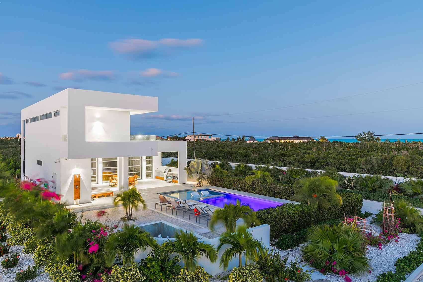 luxury villa rental landscape