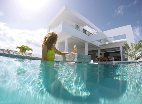 the 2 bedrooms luxury house pool
