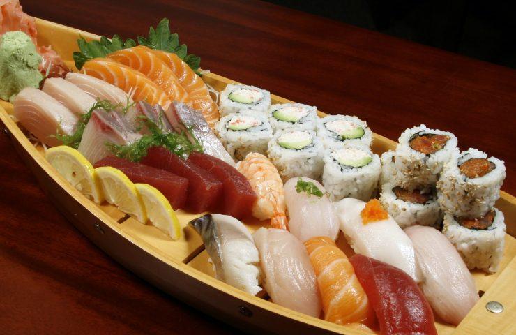 sushi-night-min