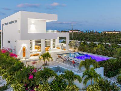 white-villas-difference-all-inclusive_cropped-min